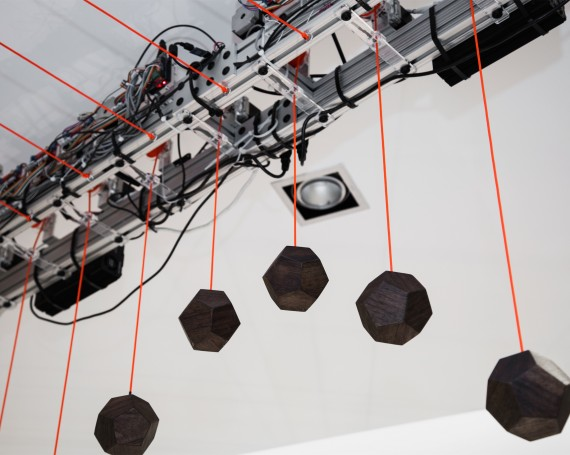 Social Data Kinetic Sculpture – Intel / Milk Studios